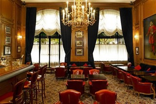 Bar Le Regency Prince de Galles Paris
