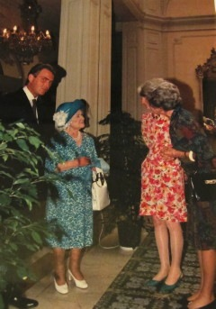 Queen Mother im Brufani Palace, 1992